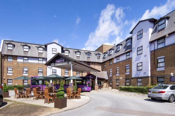 Hotel Pictures: Premier Inn London Gatwick Airport - A23 Airport Way, Gatwick