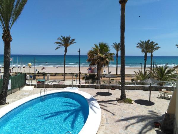 Hotel Pictures: Hostal San Juan, El Campello