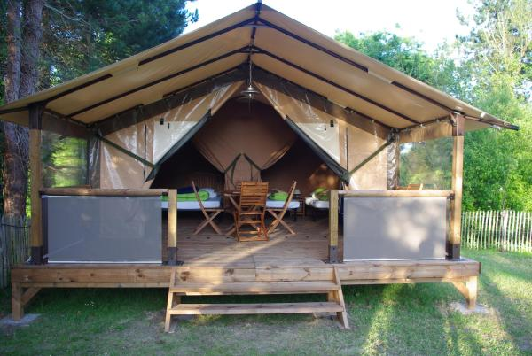 Two-Bedroom Bungalow (4 Persons)
