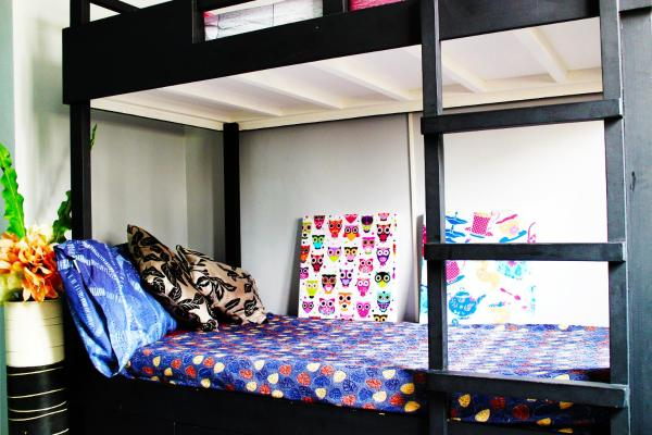 Budget Twin Room with Extra Bed and Shared Toilet