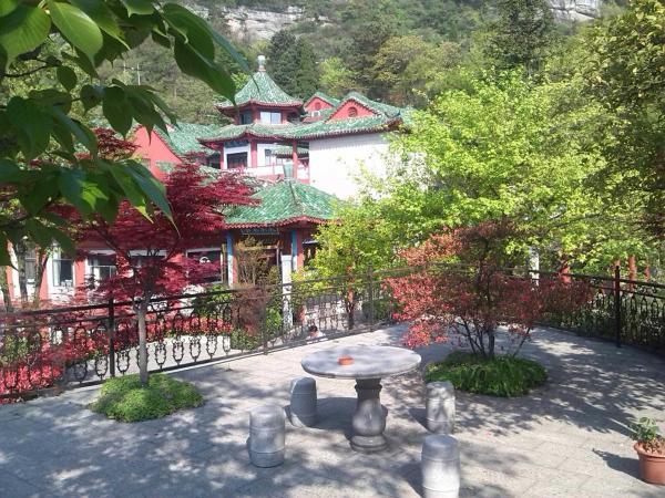 Hotel Pictures: Kowloon Hotel, Danjiangkou