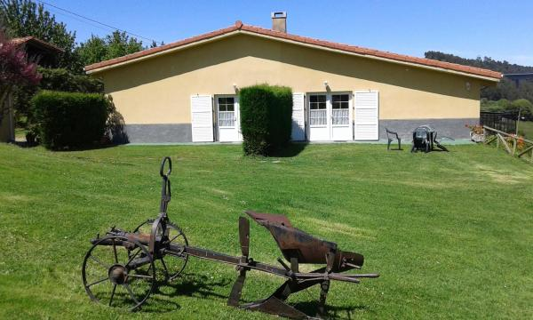 Hotel Pictures: Apartamentos Rurales El Otero, Soto de Luiña