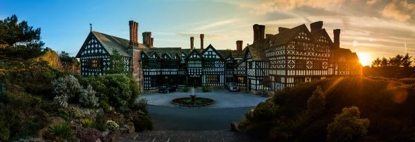 Hotel Pictures: Hillbark Hotel, Frankby