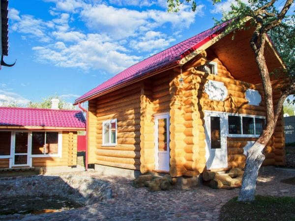 Hotel Pictures: Cottage in Vitebsk, Vitebsk