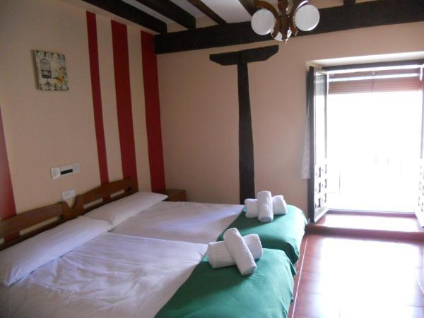 Hotel Pictures: Hostal Nuevo Rio Duero, Molinos de Duero