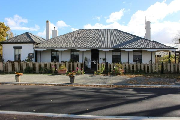 Hotel Pictures: Ivy on Glenelg, Campbell Town