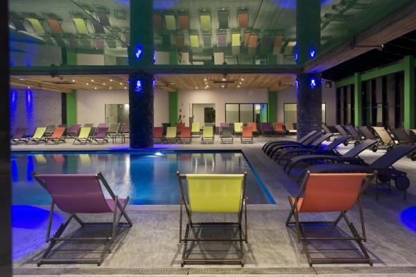 Hotel Pictures: CGH Résidences & Spas Les Chalets de Flambeau, Lanslebourg-Mont-Cenis