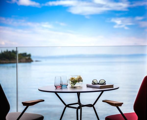 Special Offer - Superior Double Room with Sea View - New Year's Package
