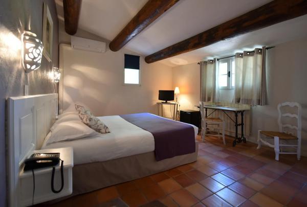 Foto Hotel: Hotel Mas De Cure Bourse, L'Isle-sur-la-Sorgue