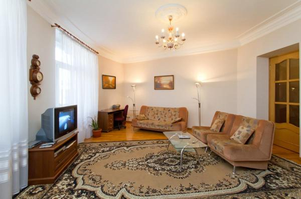 One-Bedroom Apartment on 24 Chervonoarmiyska Street