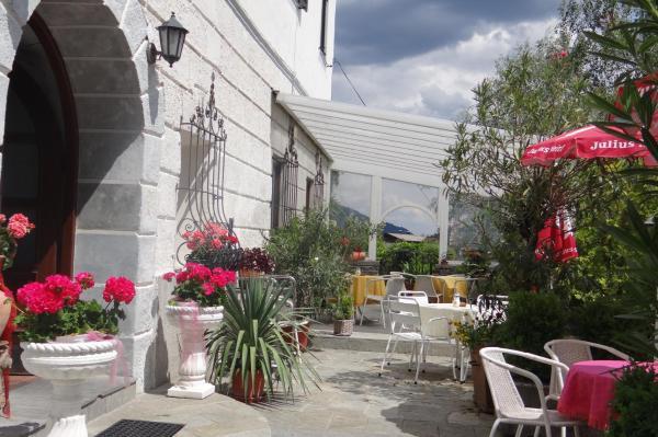 Hotel Pictures: Schlosscafe Kirchbach, Kirchbach