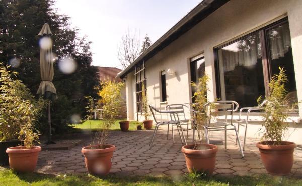 Hotel Pictures: Ferienhaus Am Walde, Bad Kösen