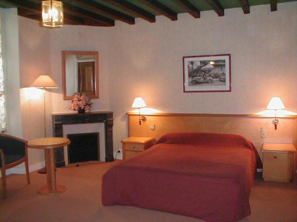 Hotel Pictures: , Cravant