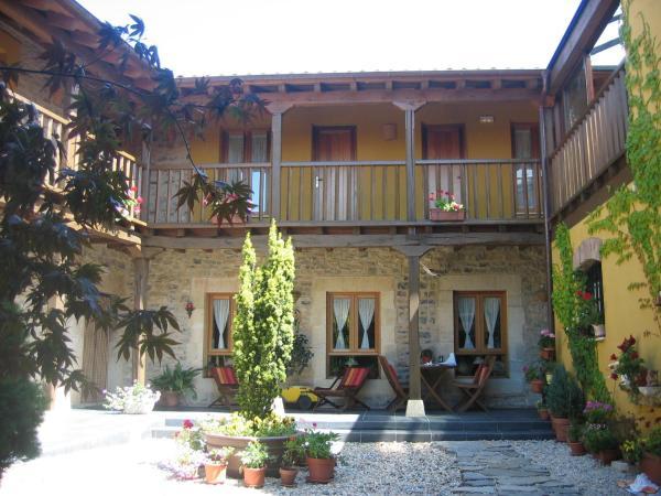 Hotel Pictures: Hotel Rural Casa Hilario, La Losilla y San Adrián