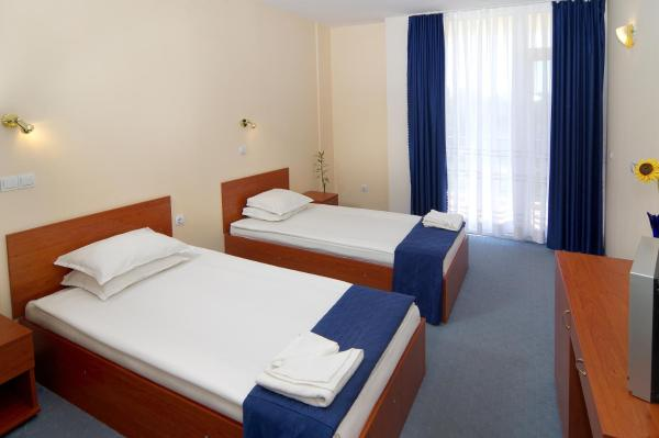Double or Twin Room with Balcony and Partial Sea View (2 Adults)