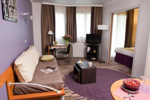 Hotel Pictures: , Courbevoie