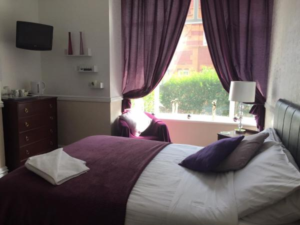 Hotel Pictures: Theatre Hotel Guest House, Chorley