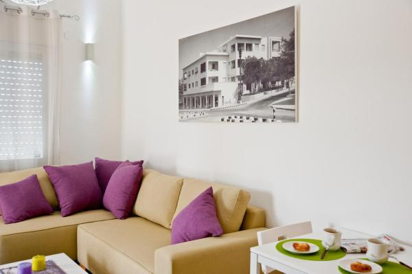 Executive Two-Bedroom Apartment (5 Adults)