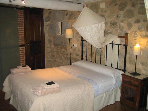 Hotel Pictures: La Serranilla, San Esteban de la Sierra
