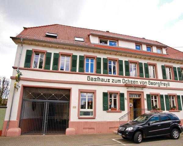 Hotel Pictures: Gasthaus Zum Ochsen, Hochstadt
