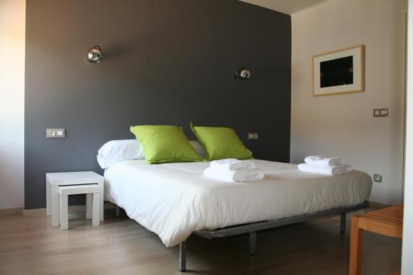Hotel Pictures: Hostal Totsompops, Colera