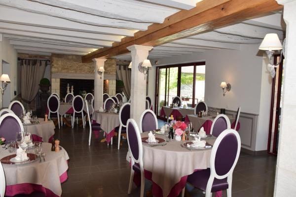 Hotel Pictures: Le Petit Relais, Calès