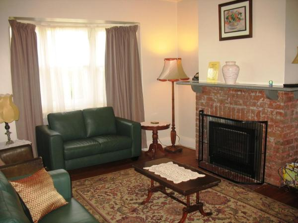 Hotel Pictures: Roebil House, Warrnambool