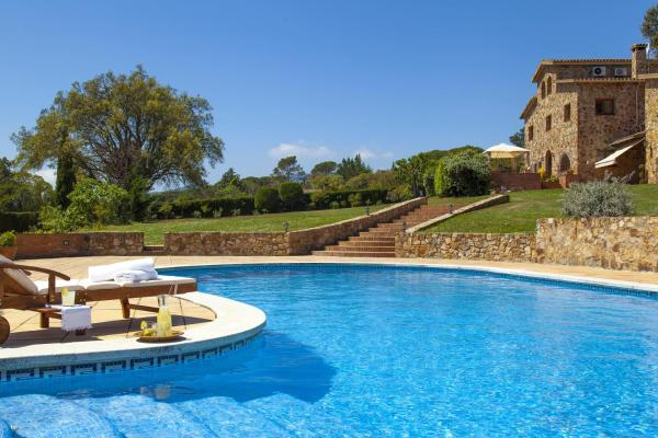 Hotel Pictures: Masia Cal Agusti, Tordera
