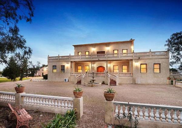 Hotellbilder: Villa Tuscany Melbourne, Konagaderra