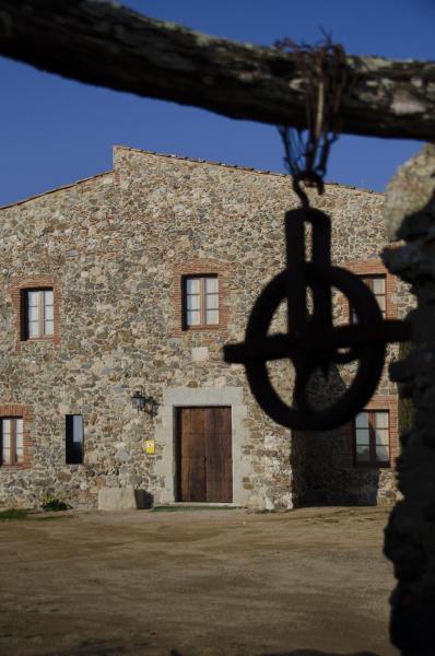 Hotel Pictures: Mas Valentí 1511, Vall-Llobrega