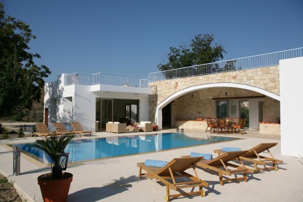 Hotel Pictures: Villa Zoe, Miliou