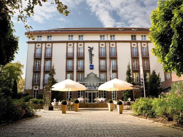 Hotelbilleder: Radisson Blu Hotel Halle-Merseburg, Merseburg