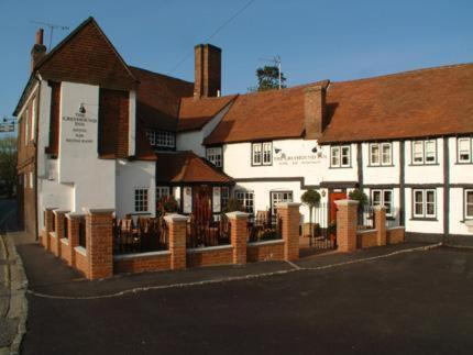 Hotel Pictures: The Greyhound Inn, Chalfont Saint Peter