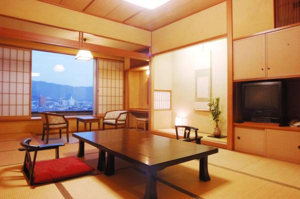 Japanese-Style Deluxe Room