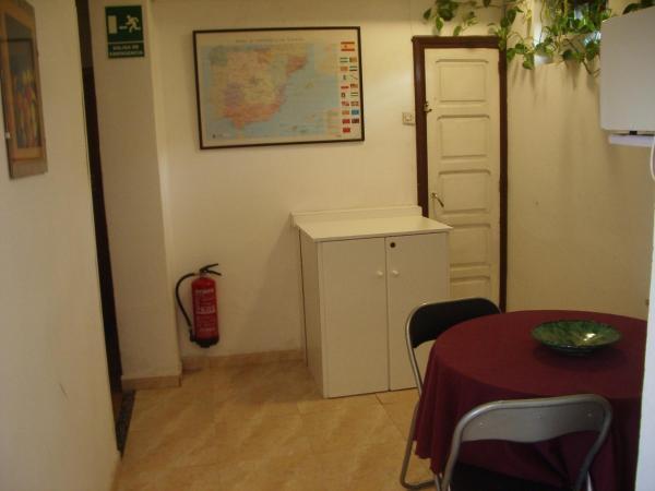 Hotel Pictures: Hospedaje Senda del Huerna, Campomanes