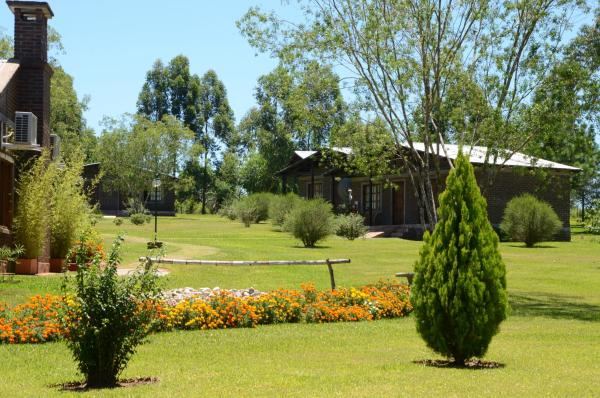 Hotel Pictures: , Jardín América