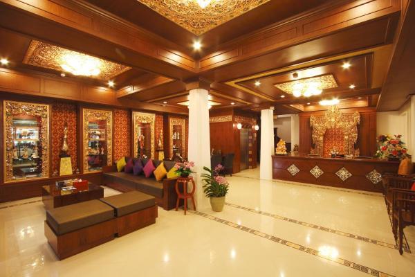Фотографии отеля: Rayaburi Hotel, Patong, Патонг Бич