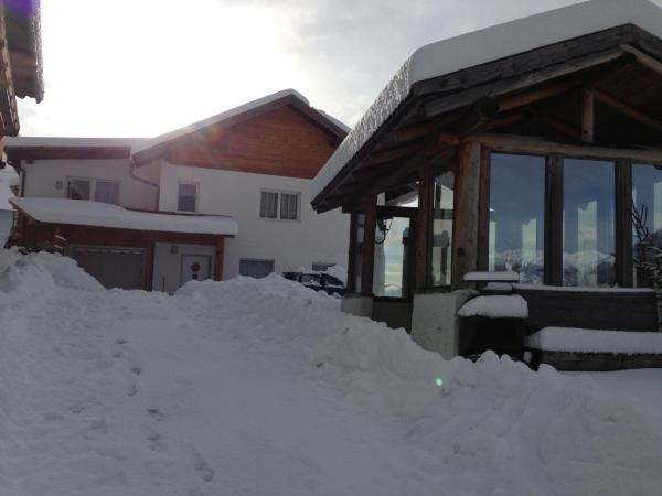 Hotel Pictures: Panoramahof Holly, Obervellach