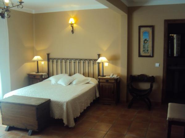 Hotel Pictures: La Posada de Bayuela, Castillo de Bayuela