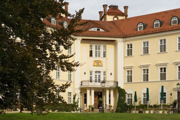 Hotel Pictures: Hotel Schloss Lübbenau, Lübbenau
