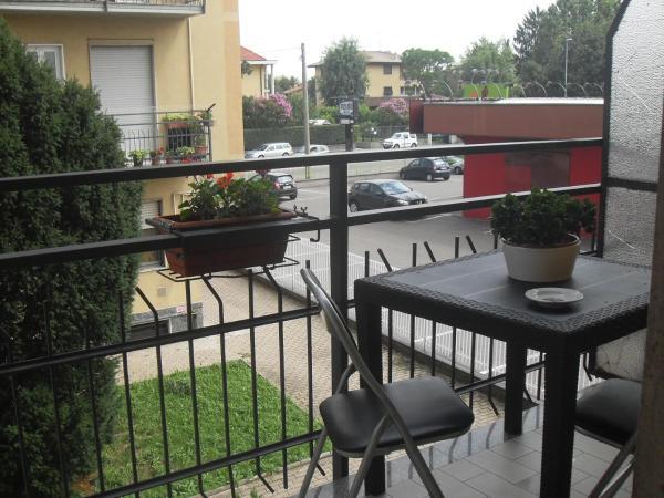 Hotel Pictures: Sempione 72, Pogliano Milanese