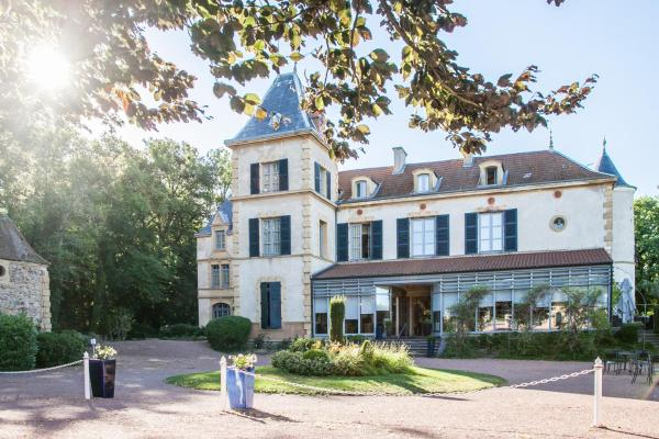 Hotel Pictures: Le Chateau De Champlong - Chateaux et Hotels Collection, Villerest