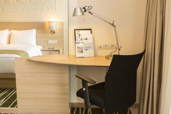 Special Offer - Business Package at Standard Double or Twin Room