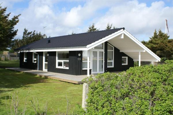 Hotellikuvia: Three-Bedroom Holiday Home Ternevej with a Sauna 07, Løkken