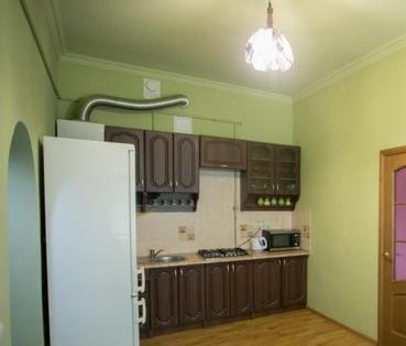 One-Bedroom Apartment - Baturynska Street 5