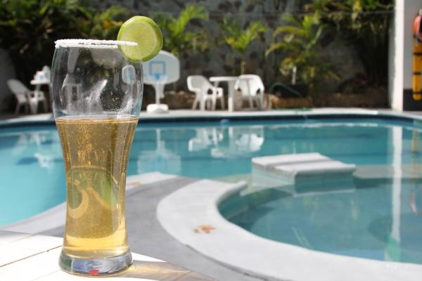 Hotel Pictures: Hotel Chicala salgar, Puerto Salgar