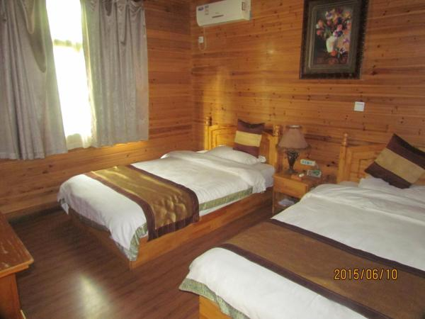 One-Bedroom Chalet B
