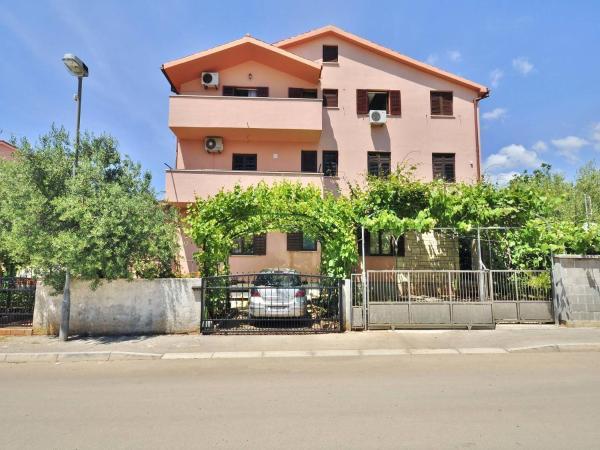 Hotelbilleder: Apartments Brijuni 648, Fažana