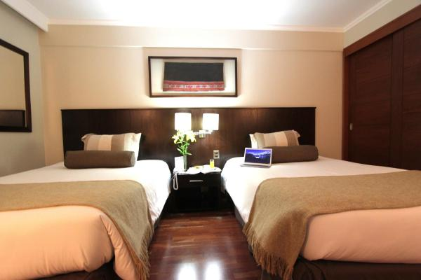 Twin Room with Two Queen Beds
