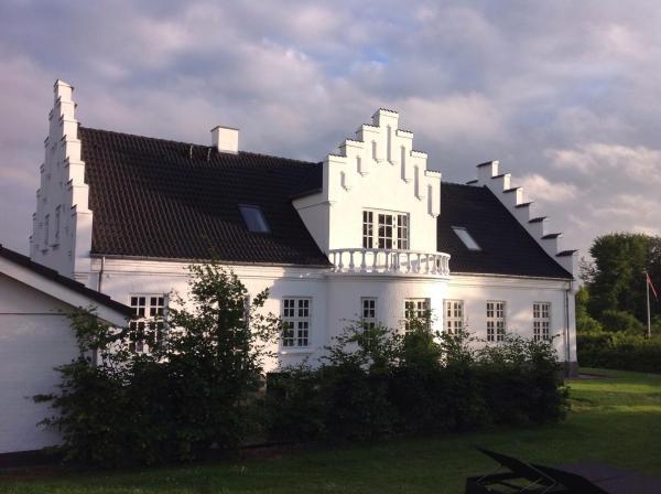 Hotel Pictures: B&B Faldbjerggaard, Bjergby